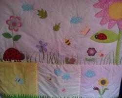 comforter-ladybug-and-friends